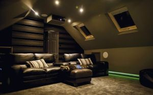 attic theater4