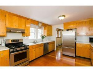 41 Lindbergh kitchen