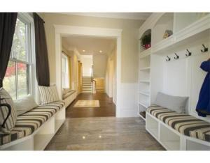 25 shef mudroom