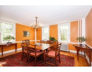 399 Waltham dining room